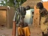 Креативное лечение от головной боли по-африкански